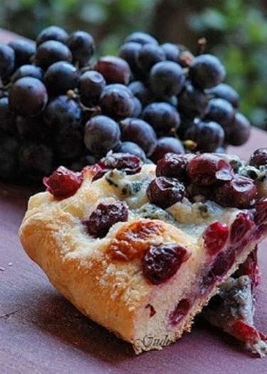 schiacciata con uva